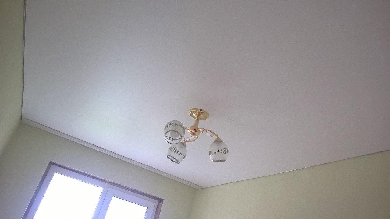 матовый потолок